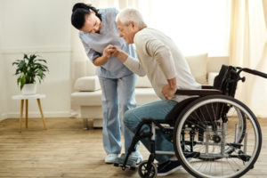 Homecare in Folsom CA: Help Senior To Stand and Sit Safely