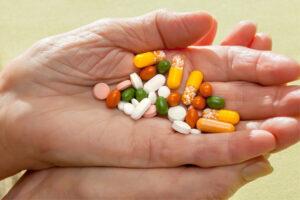 Home Health Care in Auburn CA: Senior Medicine Choices